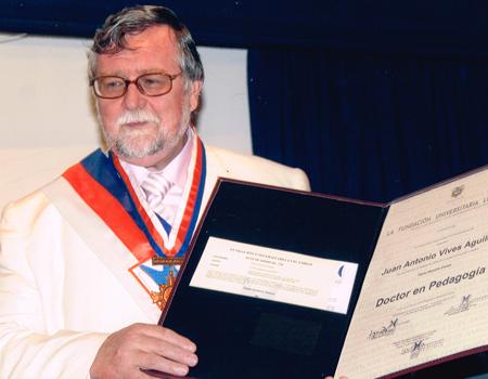 """""""Honoris Causa"""" en Pedagogía Universidad Católica Luis Amigó"""